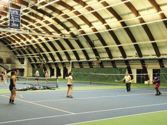 Pas moins de 22 personnes ont assisté à la première séance de badminton de l'École française.